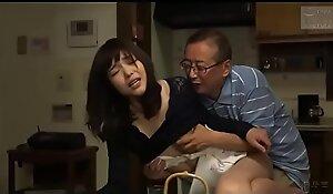 Japanse schoonvader en schoondochter (Zie meer: bit.ly porn2ReMYhc)