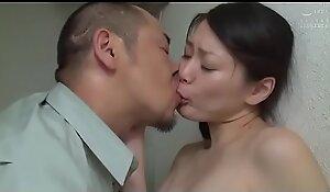 Japanse slet vrouw geneukt in openbaar toilet (Zie meer: shortina xxx movie  pornFUgZX)