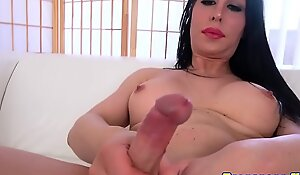 Tgirl neonate widens botheration plus wanks bushwa