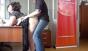 Horny BBW Mummy fucked winning assignment by the boss