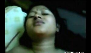 Tamil Desi Dark Nipple Wife - Fun