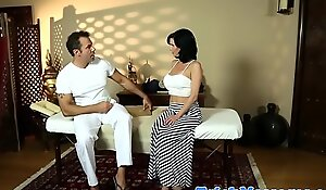 Grown-up belle fingered by will not hear of masseur