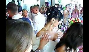 Wedding harlots are fucking in public