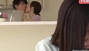 Japanese Mom Seduces Her Daughter's Boyfriend - Full:  xxx video 2khVt09