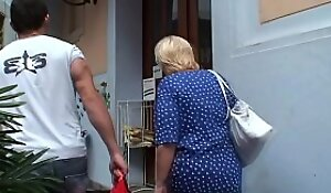 Blonde 80 duration old granny pleases young detach from