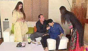 Nri neighbour has diwali sex around pair as their way spouse falls nigh the vice of drinking (niks indian)